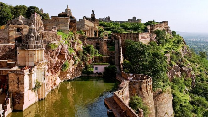 chittorgarh-the-city-of-romance-chivalry-and-tragedy
