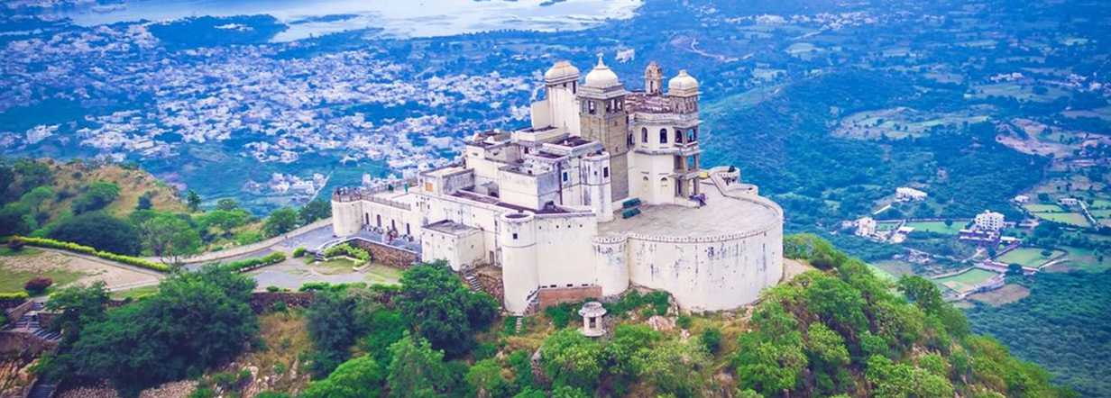 beautiful-monsoon-palace-in-udaipur